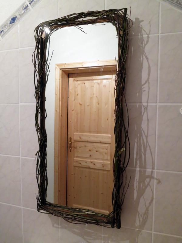 Wildholzspiegel aus Weidenästen